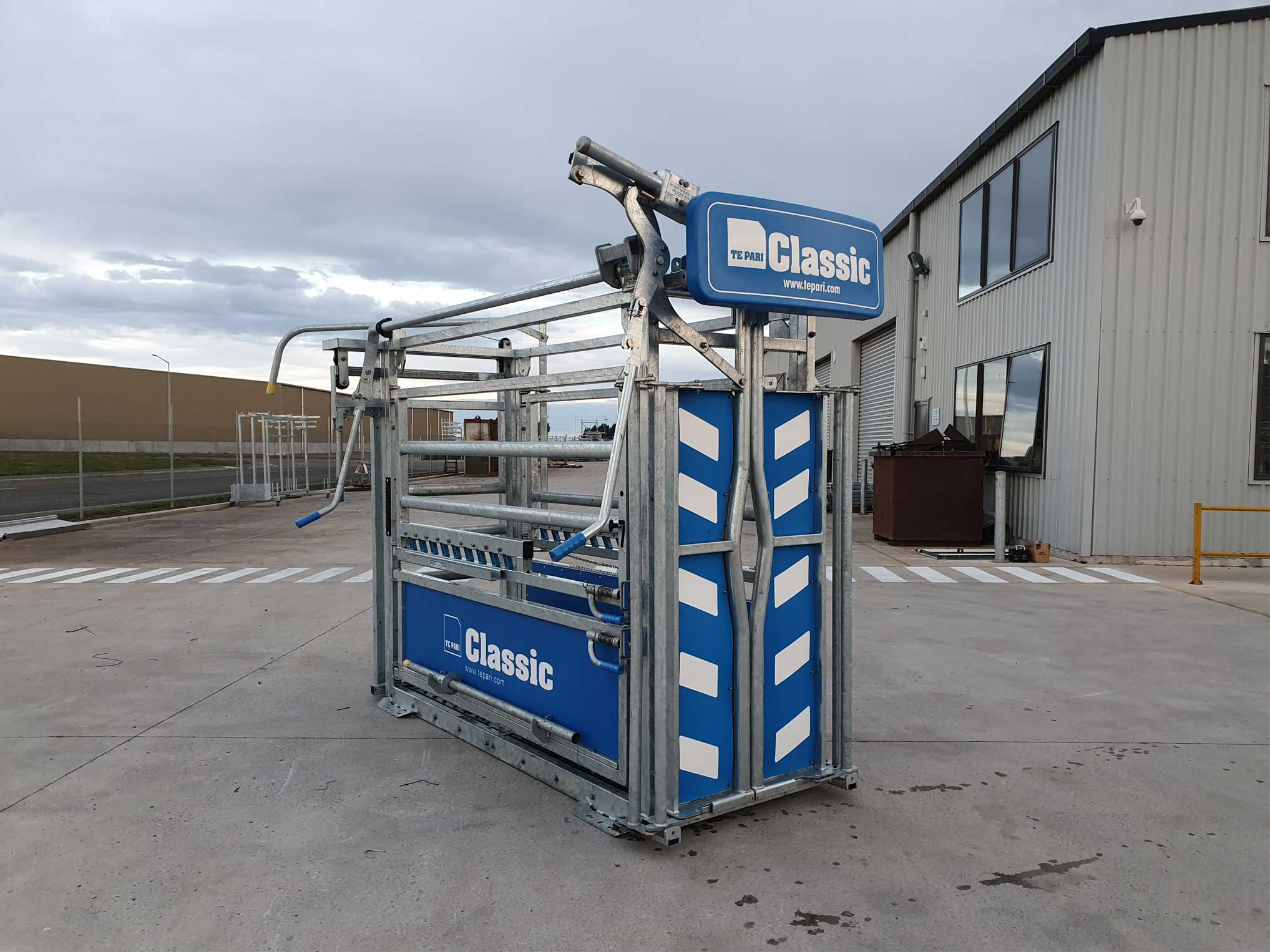 Used Classic Deluxe Gate Crush