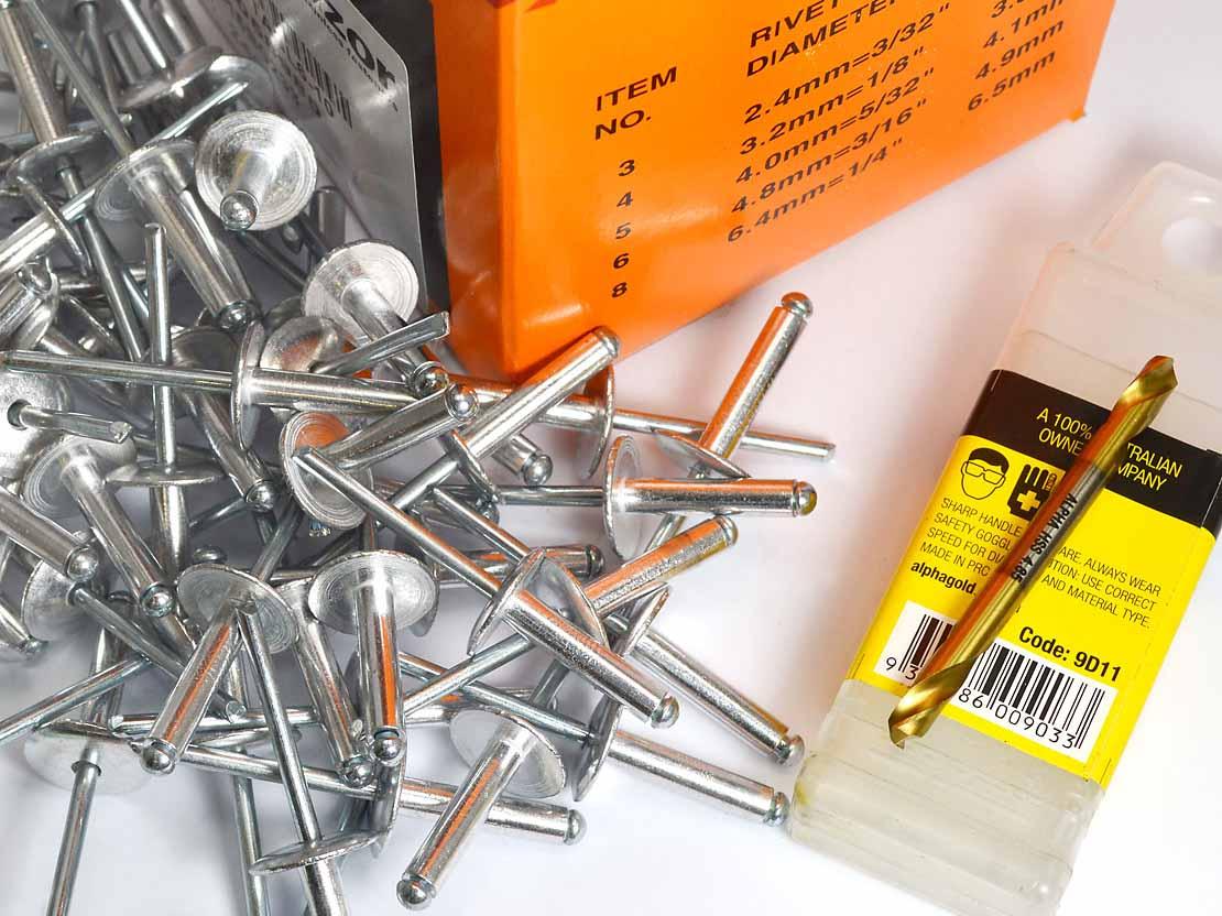 Fastener Kit for 4.5mm Polysheeting - 250 Rivets