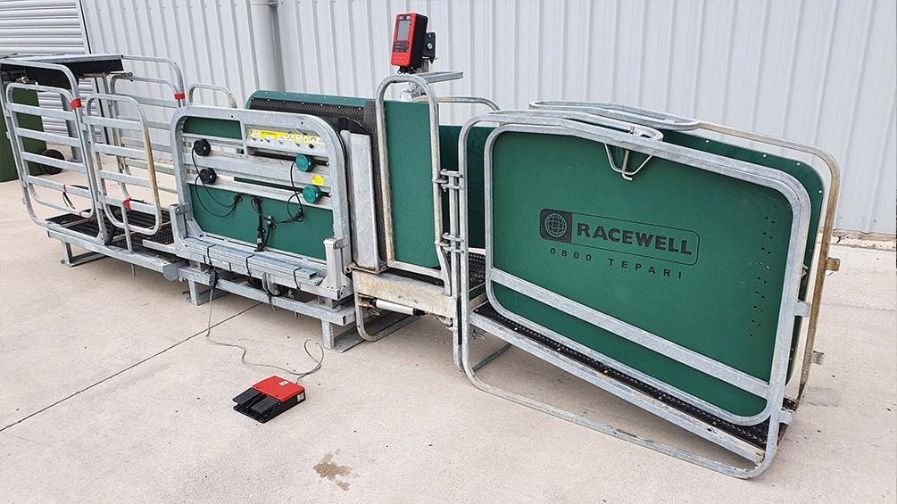 Used Racewell HD3 Handler with EID